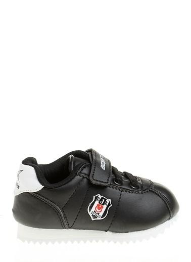 Spor Ayakkabı-Beşiktaş